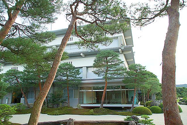 adachimuseum_honkan.jpg