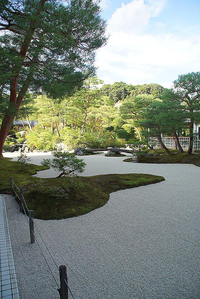 adachimuseum_kokeniwa.jpg