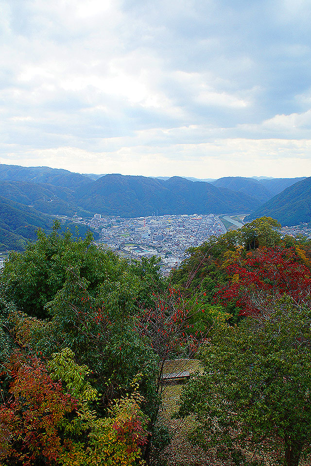 bicchumatsuyamajo_cityview.jpg