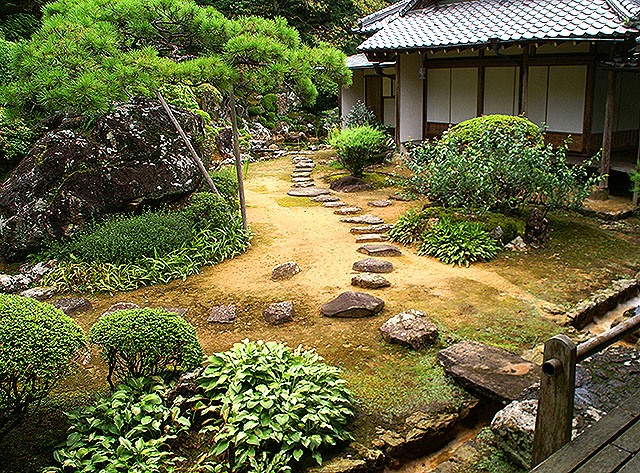 chikurinjigarden_stone2.jpg