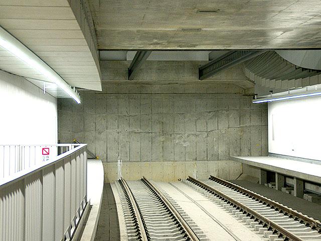 fukutoshin_rail2.jpg
