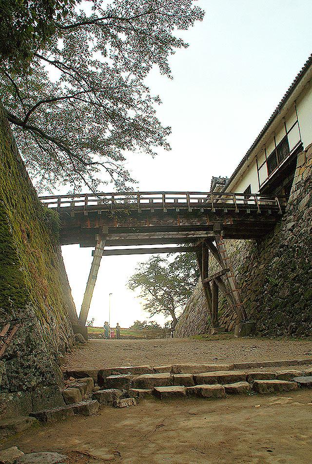 hikonejo_bridge.jpg