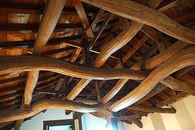 hikonejo_roof2.jpg