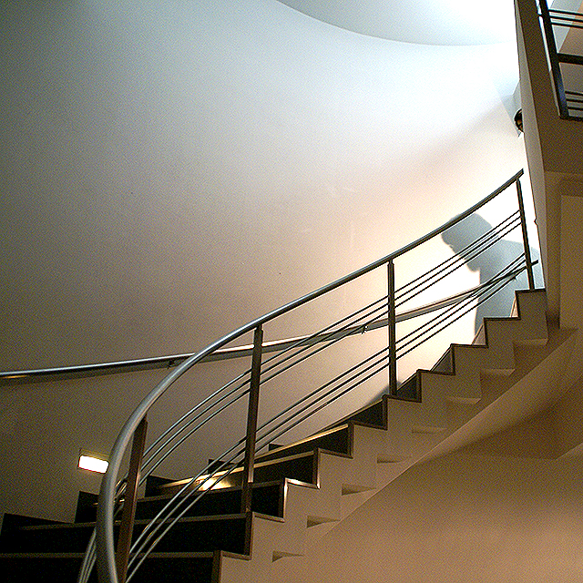 hillside_studio_upstair.jpg