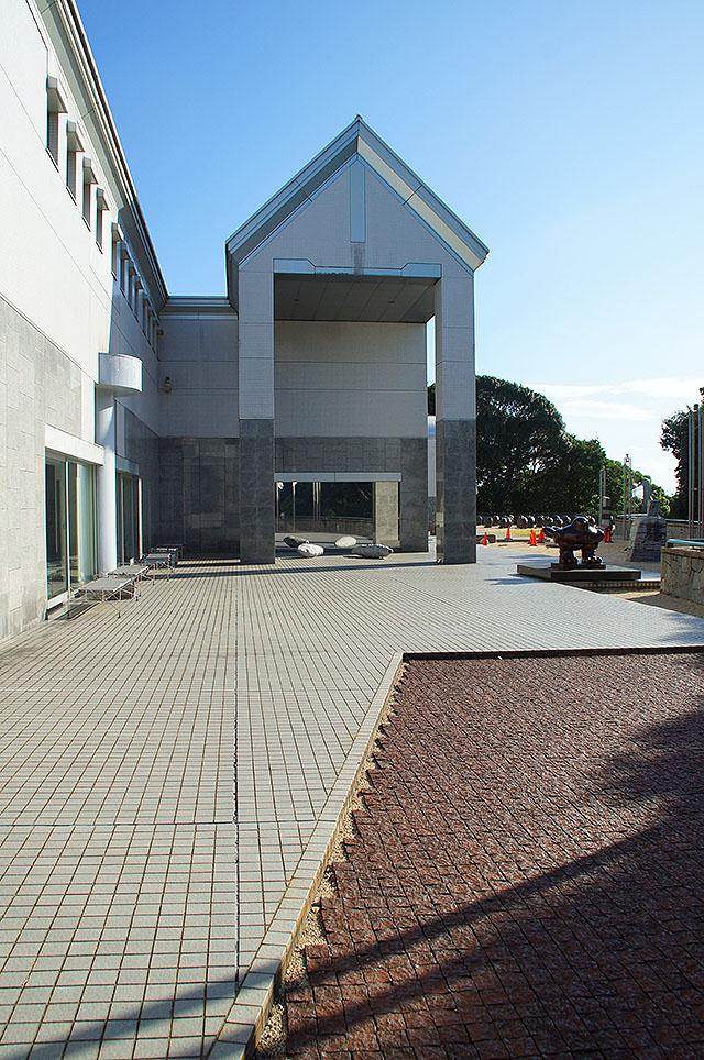 hiroshimagenbi_sculpturegarden.jpg