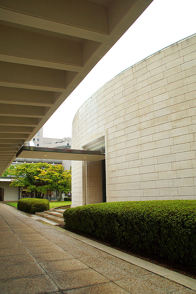 hiroshimamuseum2.jpg