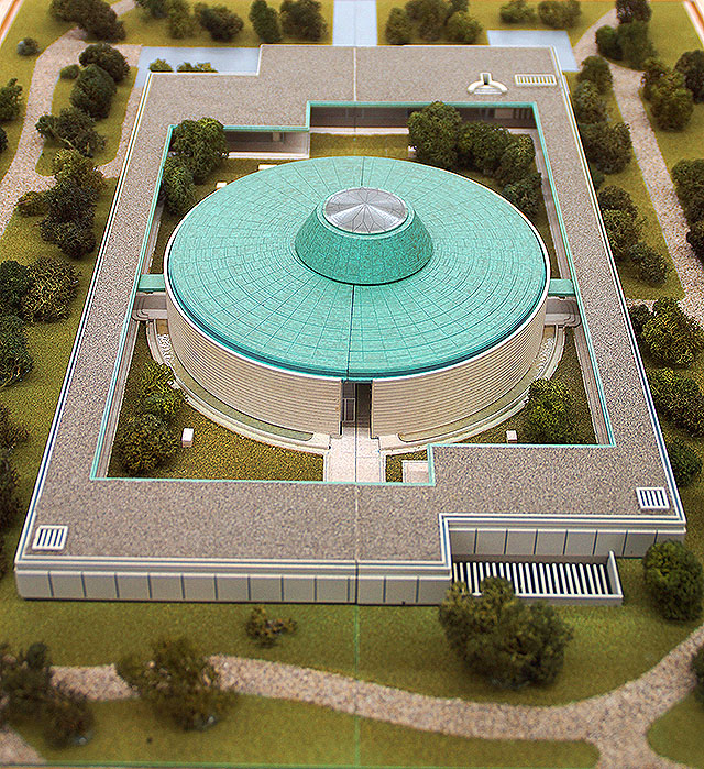 hiroshimamuseum_model.jpg