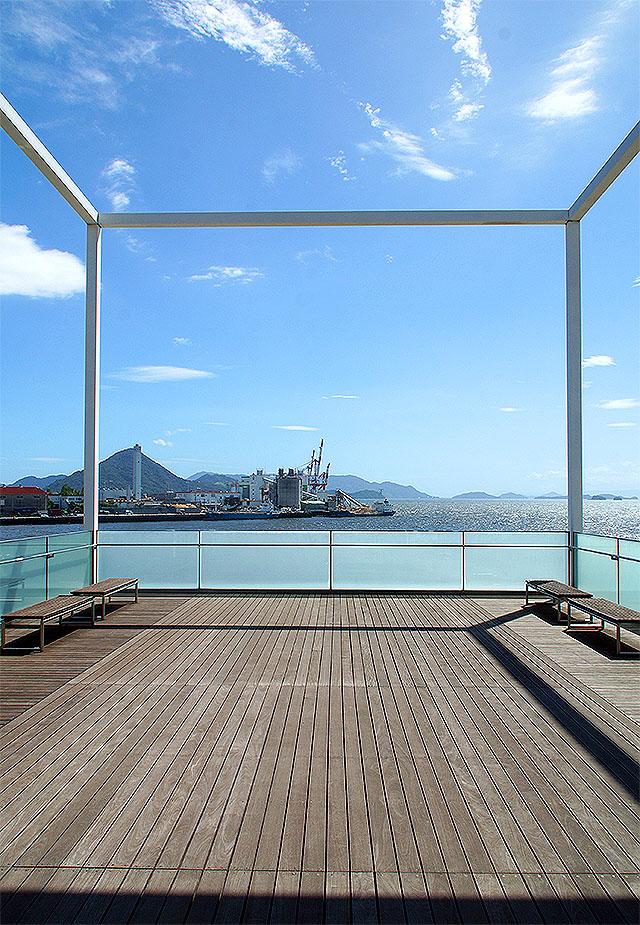 hiroshimanakaplant_deck.jpg