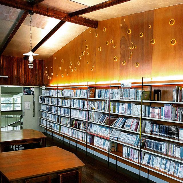 hizuchischool_east2f_library.jpg