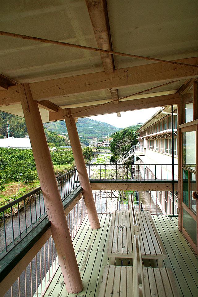hizuchischool_east2f_veranda3.jpg