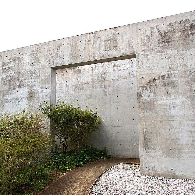 honpukuji_entrance1a.jpg