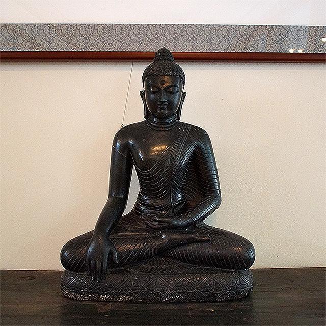 ishiteji_buddha_restroom.jpg