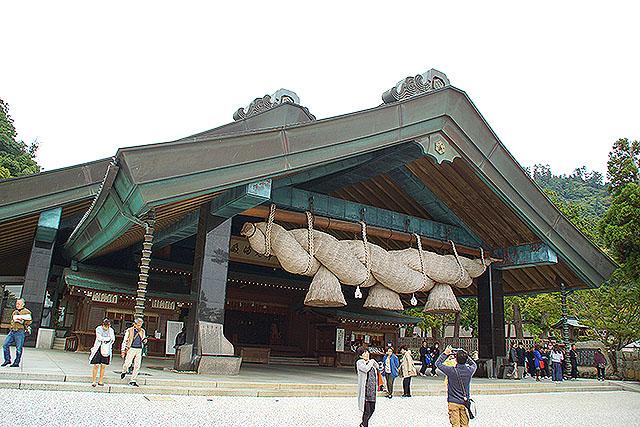 izumotaisha_kaguraden_facade.jpg