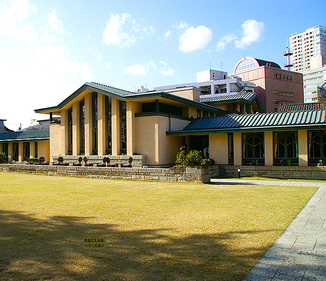 jiyugakuen_facade1a.jpg