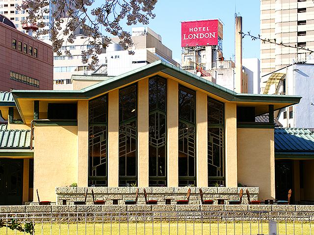 jiyugakuen_facade2a.jpg
