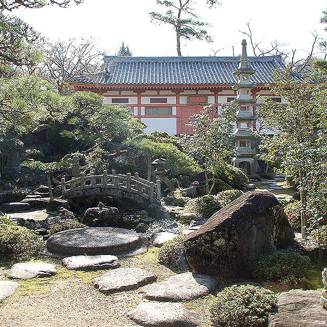 kosanji_choseikaku_garden.jpg