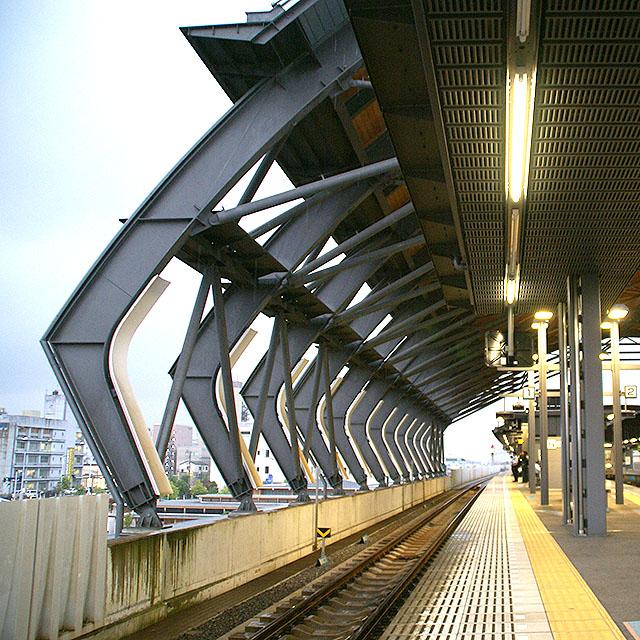 kouchistation_wall1a.jpg
