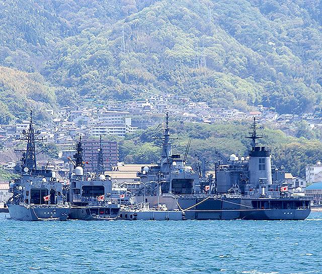 kure_battleships.jpg