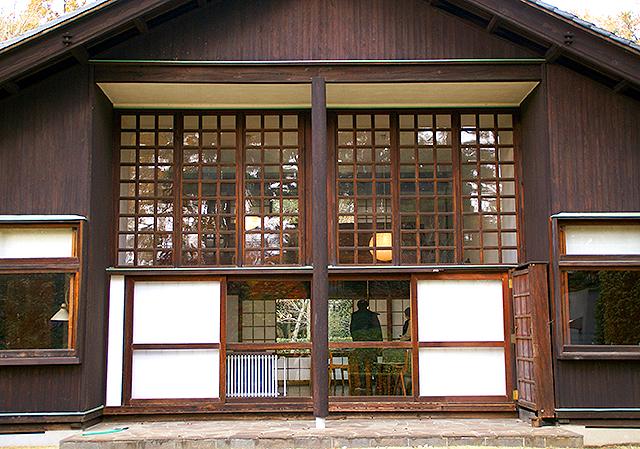 maekawajitei_southfacade3a.jpg