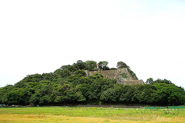 marugamejo_mountain.jpg