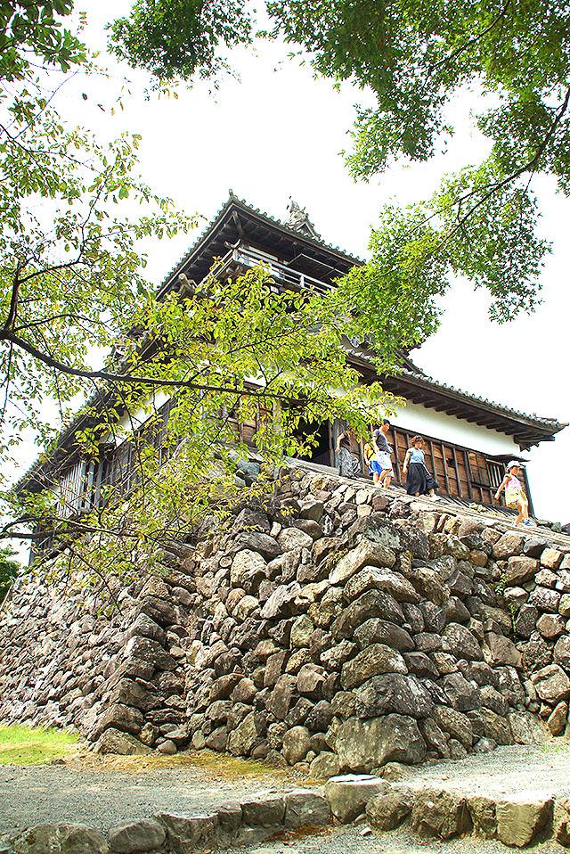 maruokajo_facade3.jpg