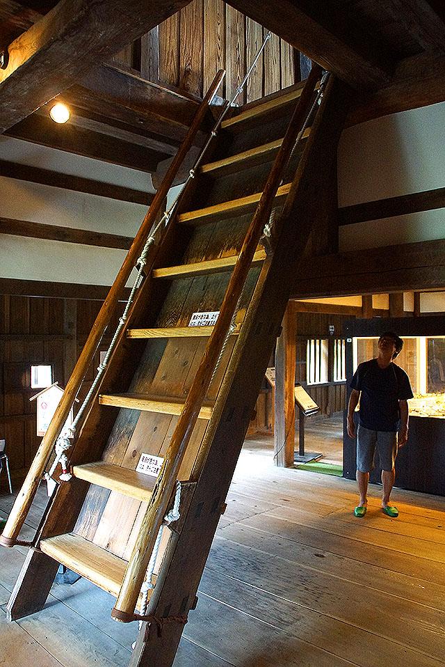maruokajo_stair2.jpg
