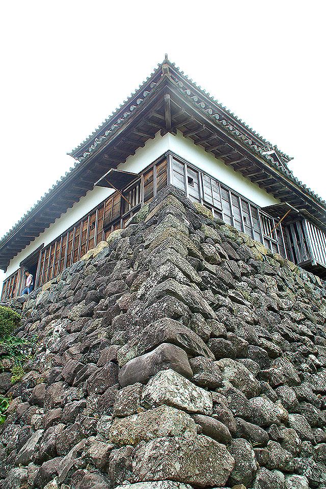 maruokajo_stonewall.jpg