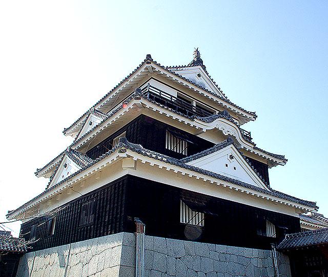matsuyamajo_honmaru_tenshu2.jpg