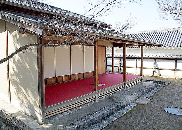 matsuyamajo_ninomaru_jurakutei2.jpg