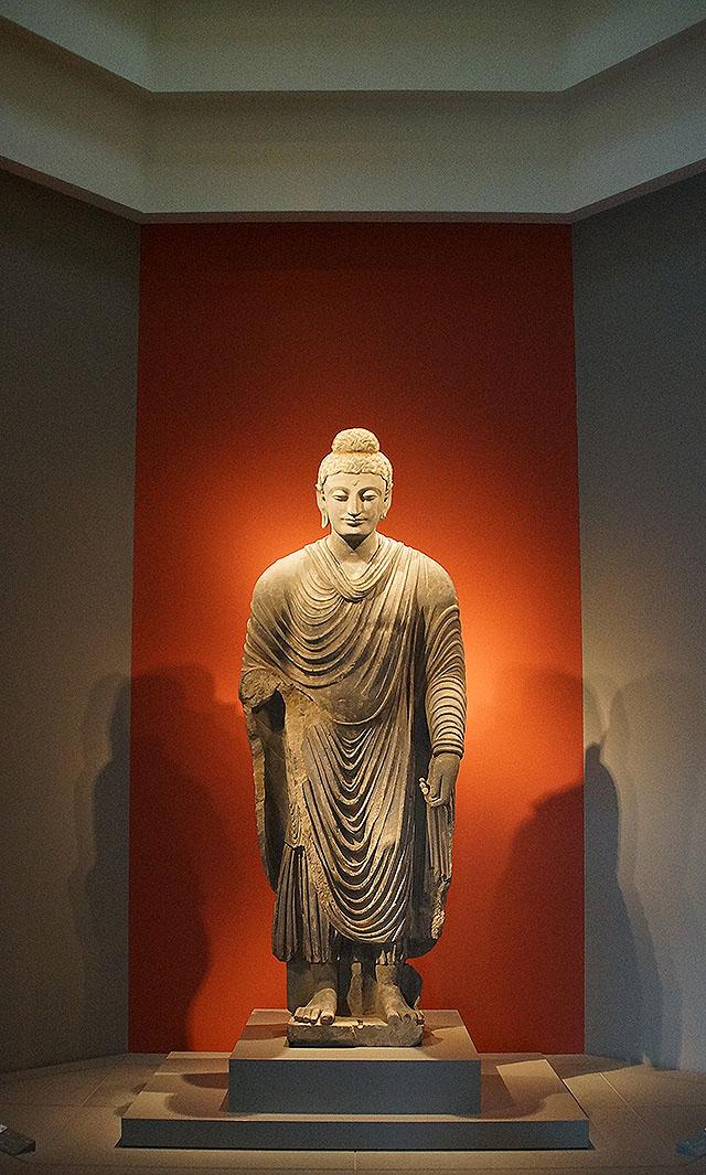 mihomuseum_buddha.jpg