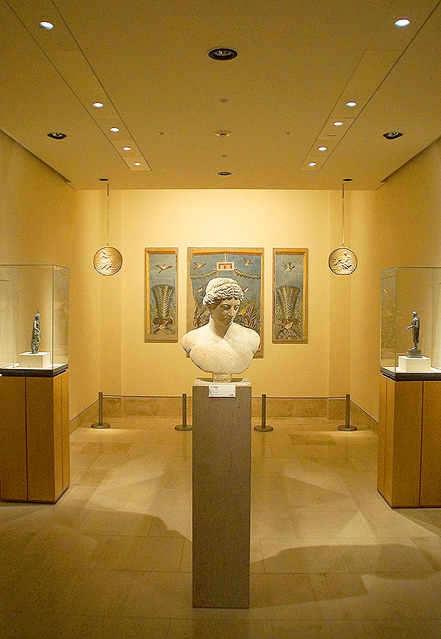 mihomuseum_greek.jpg
