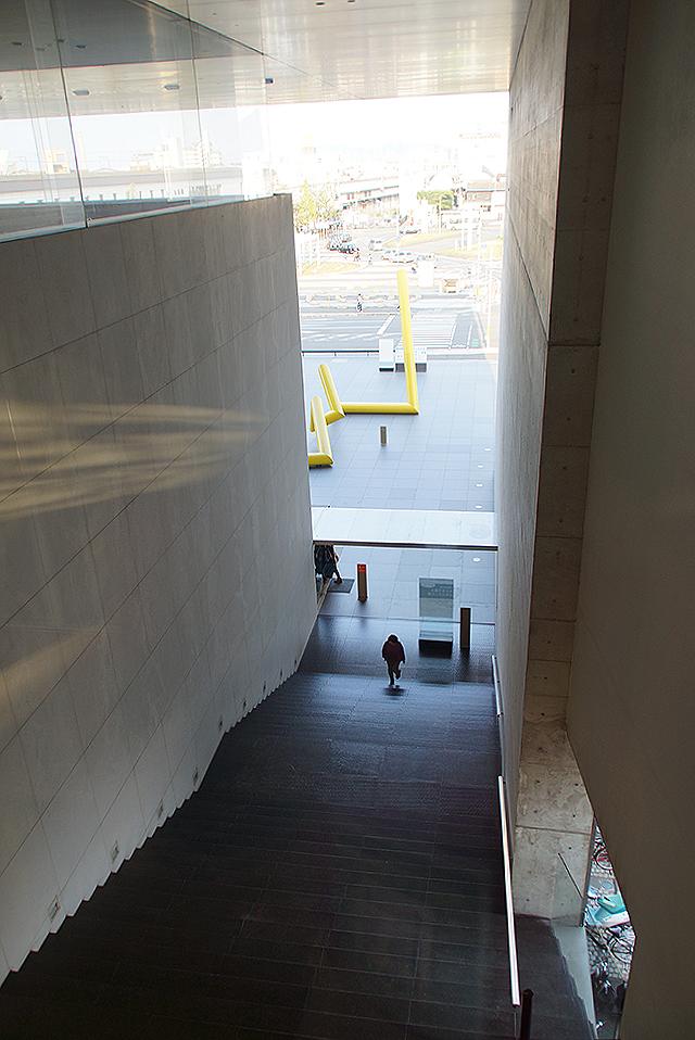 mimoca16_stair.jpg