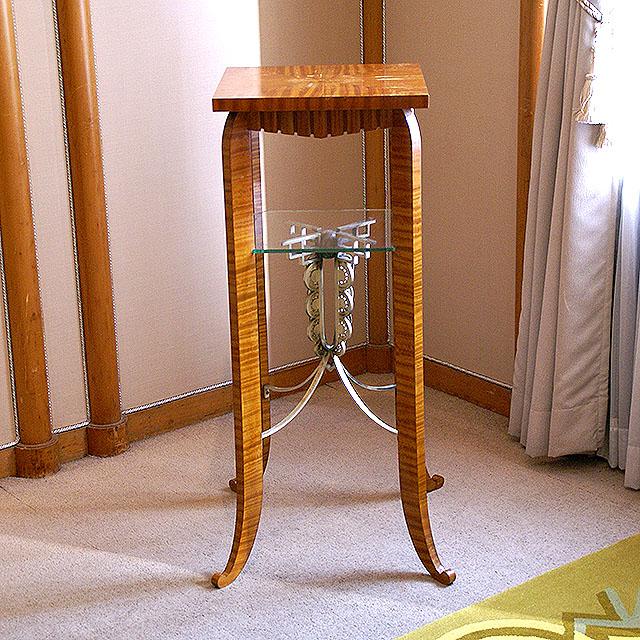 mtam_in_stool2.jpg