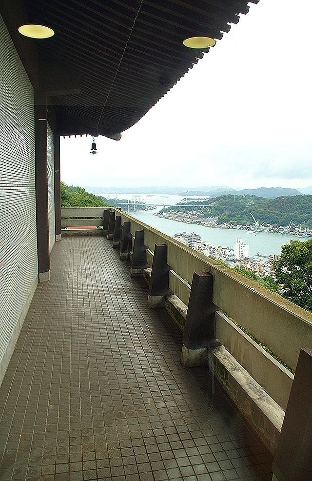 onomichimuseum_terrasse.jpg