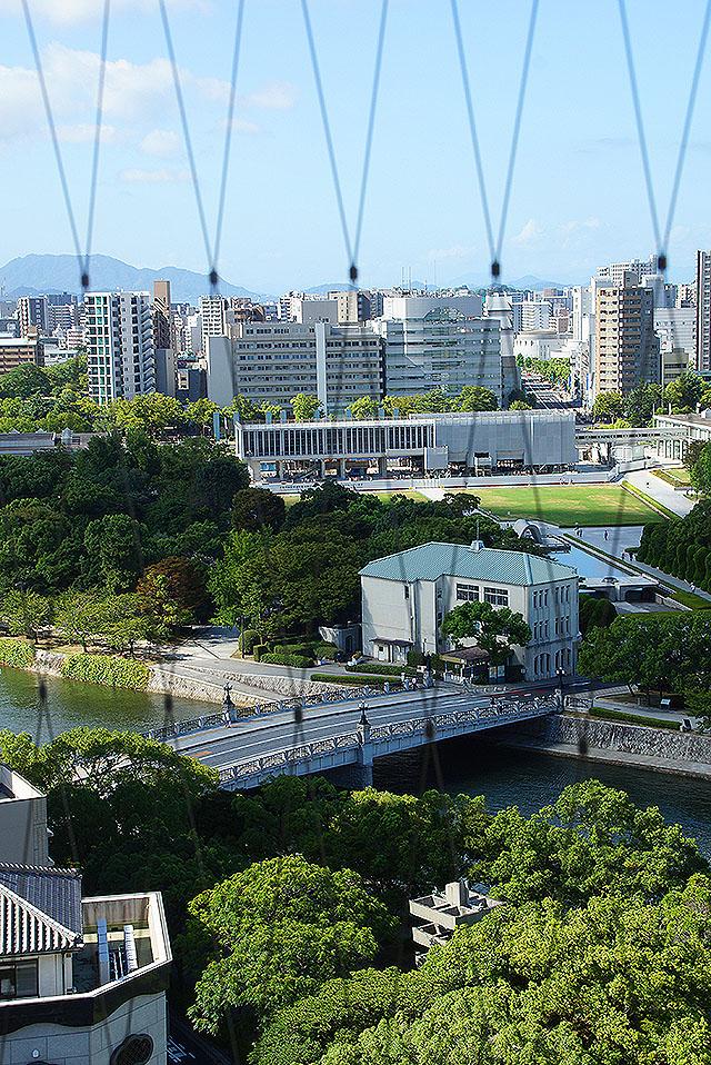 orizurutower_peacepark.jpg