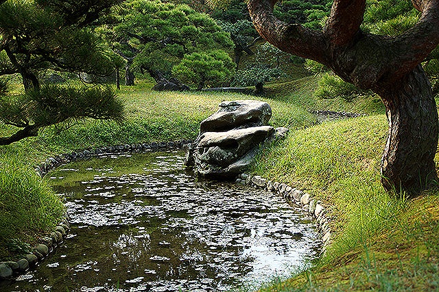 ritsurinpark_botanishi_mikaerishishi.jpg
