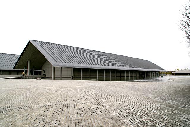 sagawamuseum_outline.jpg