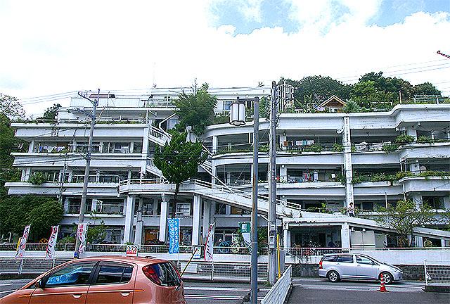 sawaman_facade.jpg
