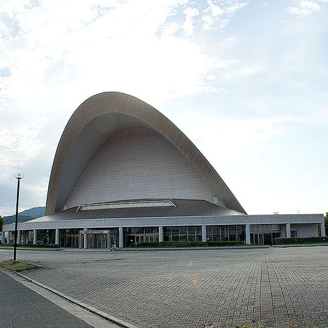 shidukahall_facade1.jpg
