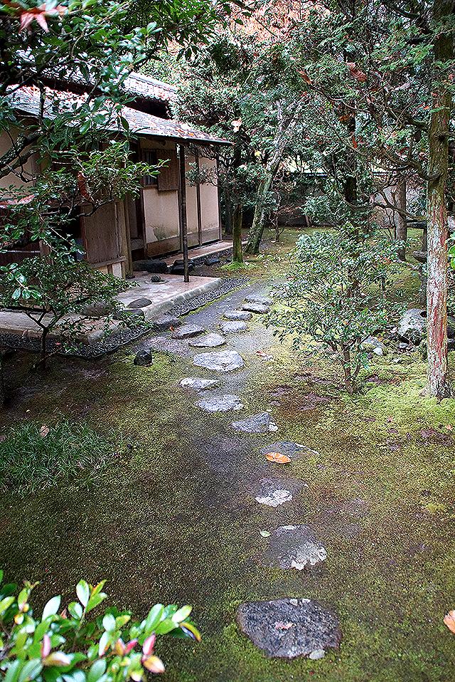 shinshoji_ichiraitei_roji.jpg