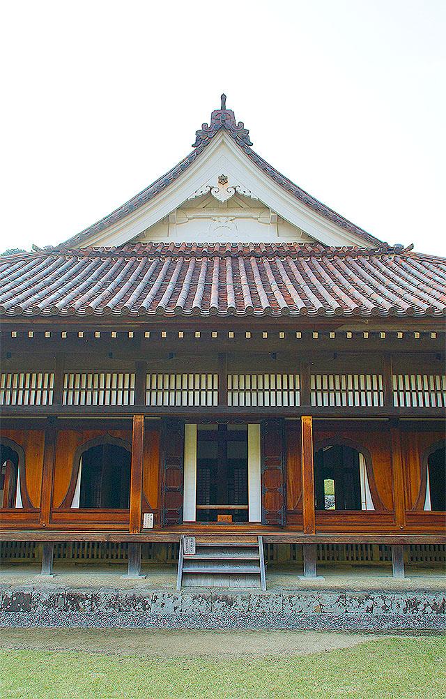 shizutanischool_kodo_facadeup.jpg