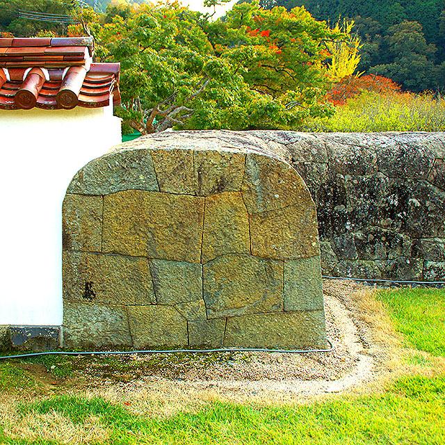 shizutanischool_stonewall2a.jpg