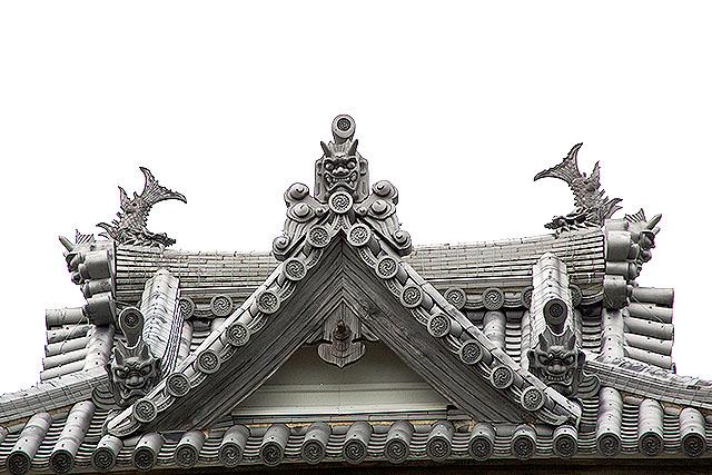 sumotojo_roof.jpg