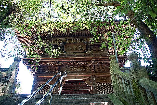 taizanji_sanmon_facade.jpg