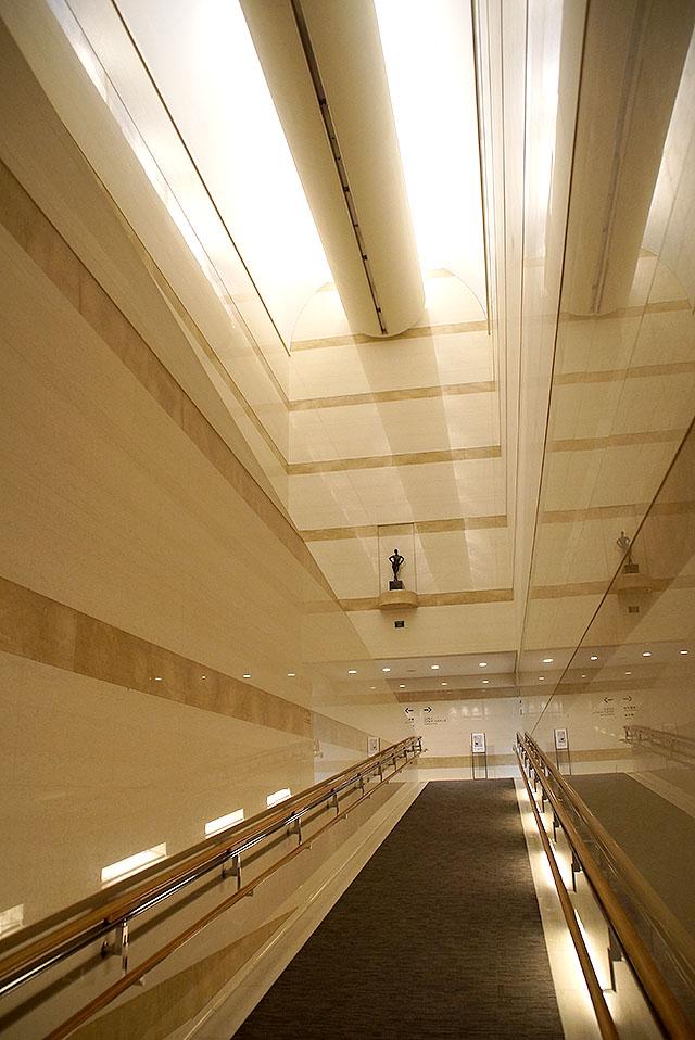 takamatsucitymuseum_slope.jpg