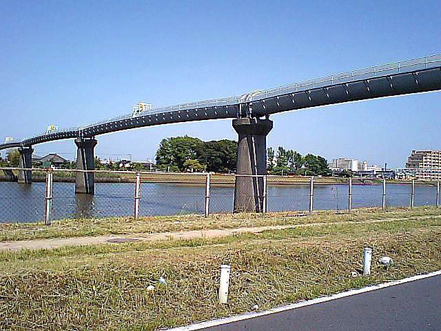 tcgm10_waterbridge.jpg