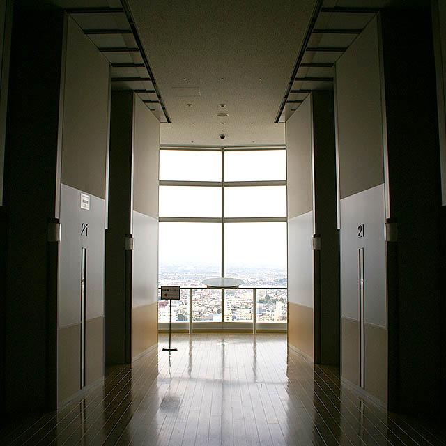 tch_elevatorhall.jpg