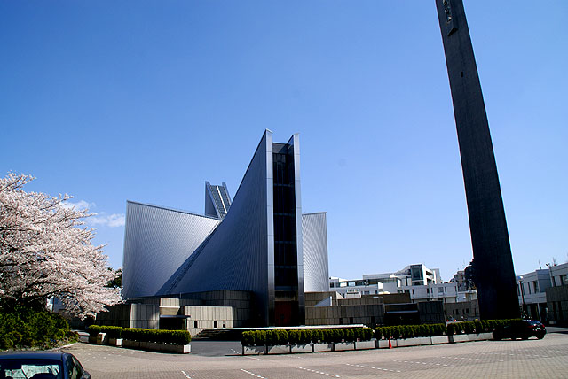 tokyocathedral_wideview.jpg
