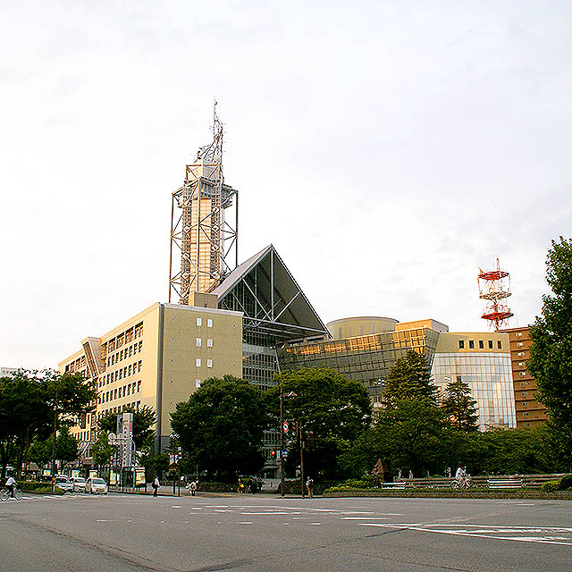 toyama_cityhall1.jpg