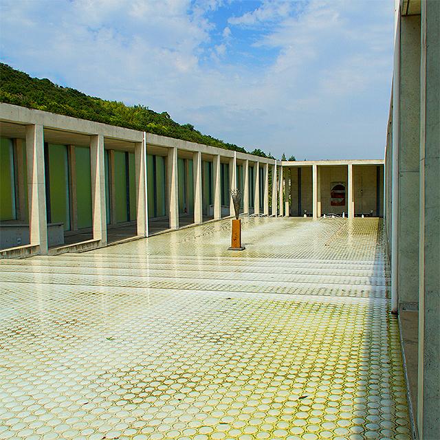 yumebutai_fountain1a.jpg